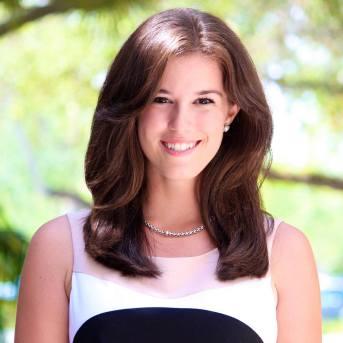 Nicole Comparato headshot