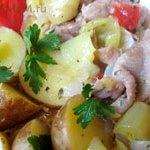 Куриные шкурки, тушеные с овощами (подливка)