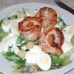 Свежий салат с лососем