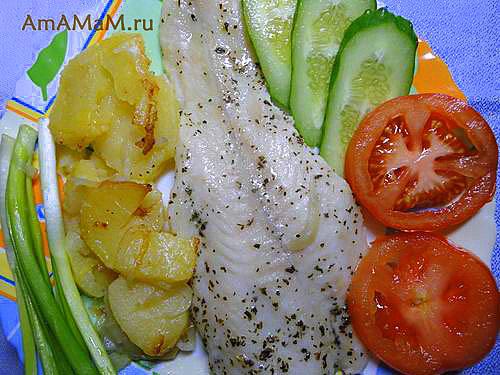Корифена - золотая рыбка, запеченная в духовке с картошкой и луком