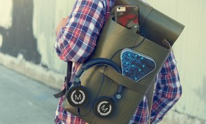 Fathers_Day_Backpack_Headphones_Speaker_2X