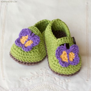 Butterfly-Garden-Baby-Booties-Free-Crochet-Pattern-Small