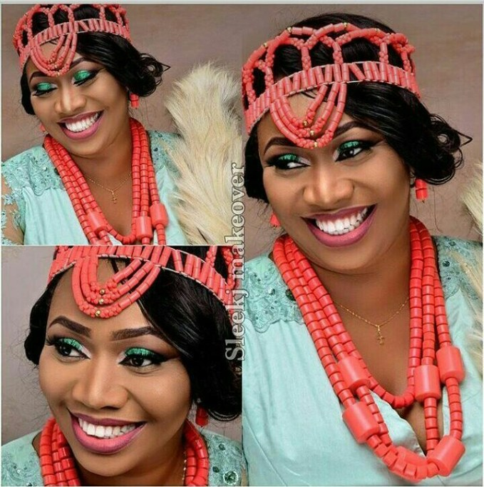 10 Lovely Traditional Bridal Makeup Looks amillionstyles @curvacious02