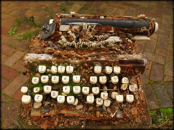 typewriter-aged