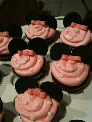 Minnie Mouse Party Planning - Hot Diggity Dog (1/5)