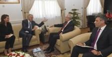 Kılıçdaroğlu, Fransa Dışişleri Bakanı Ayrault ile bir araya geldi