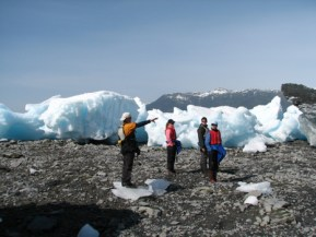 Guide Chris Moulton shares his knowledge of the glaciology
