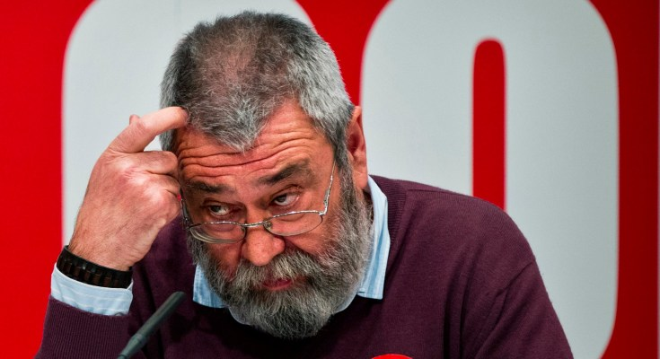 General Workers Union leader Candido Mendez scratches his head during a  a press conference, in Madrid, Friday, March 9, 2012.