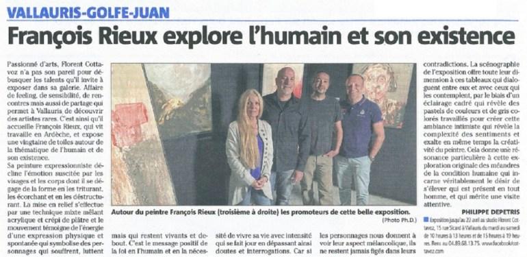 (Photo Ph.D.) Autour du peintre François Rieux (troisième à droite) les promoteursde cette belle exposition.