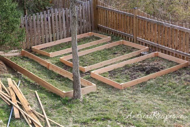 Andrea's Recipes - Building raised garden beds