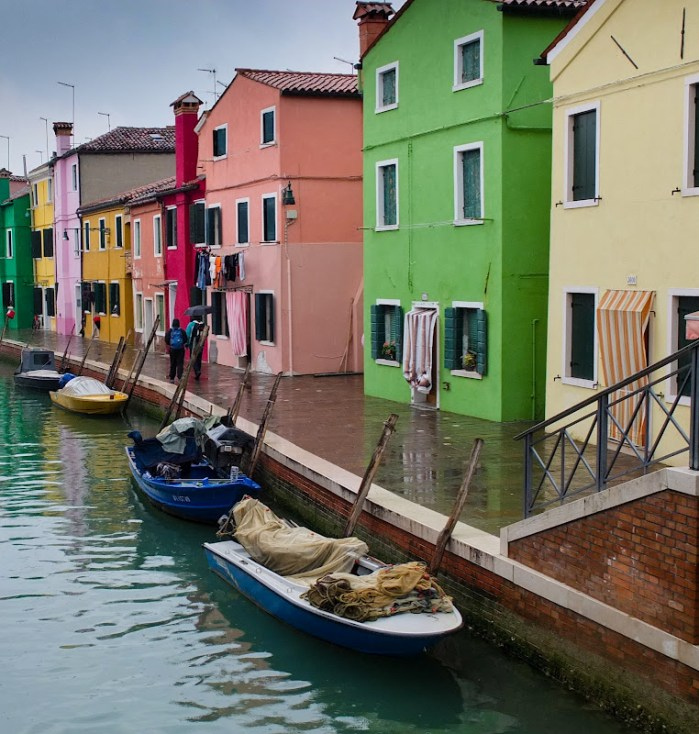 photos from Burano island - a colour paradise for photographers