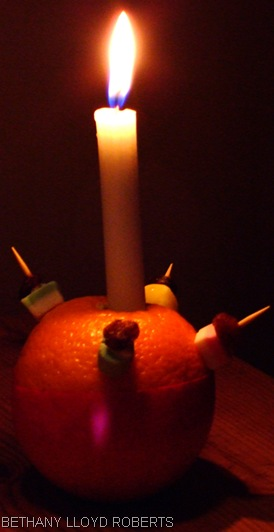 CHRISTINGLE_Photo courtesy of Bethany Lloyd Roberts on the stock.xchng