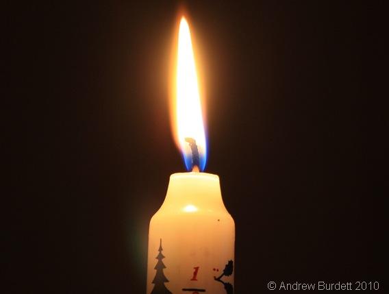 BURNAWAY_Advent Candle burning