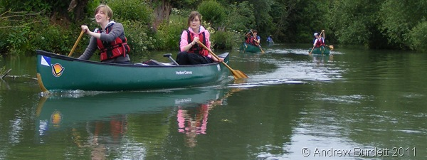 ROW ROW ROW YOUR BOAT_My DofE group on the water.
