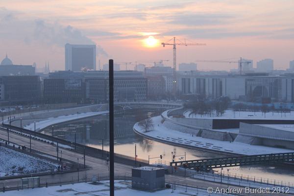 MORNING SUN: The sun rises over Berlin. (IMG_7514)