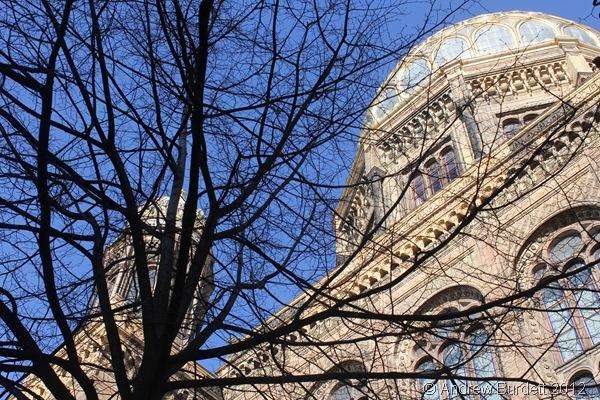 SPLENDID EDIFICE: The impressive New Synagouge. (IMG_8148)
