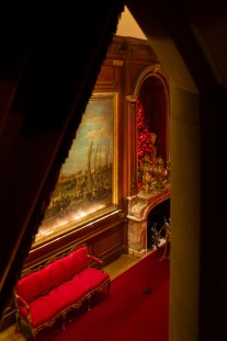An alternative view of the Christmas decorations in the Waddesdon Manor hallway.