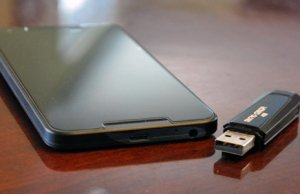 Easy way to Use a USB Flash Drive with Your Android device... no need to connect with pc. - AndroidFit.Com