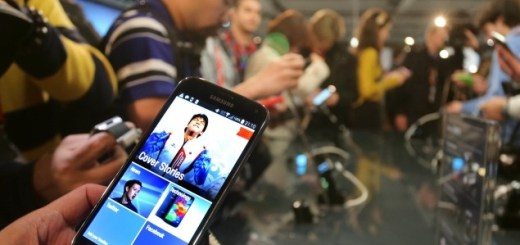 Samsung S5 on Sales on Korea