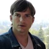 Ashton Kutcher und Motorola sagen dir, wie sehr du an deinem Smartphone hängst