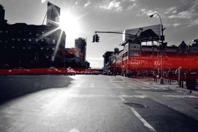 """Das """"Traffic Light Information-System"""" erhält Informationen vom Verkehrsleitsystem einer Stadt und soll damit dazu beitragen, den Verkehrsfluss zu optimieren (Foto: Audi USA)"""