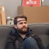 Das ideale Gadget für Couch Potatoes: Mit Kopfbewegungen Filme steuern