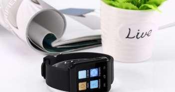 Qianzi U8 Pro 1.44 Watchphone. No encontraras reloj inteligente más barato