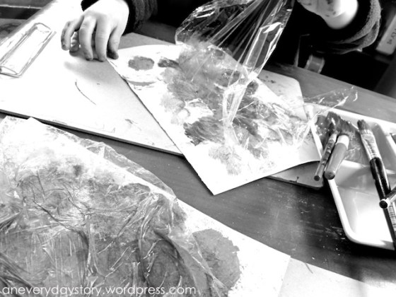 reggio emilia mixed media art techniques plastic wrap painting children activity Reggio: Mixed Media Art   Exploring with Plastic Wrap