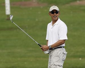 Obama_plays_Golf