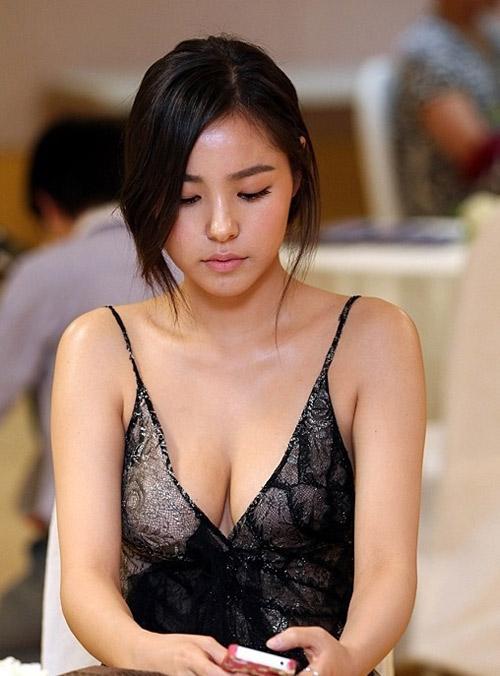 Foto-foto Kim Sa Rang Artis Paling Seksi Di Korea