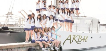 news_large_AKB48_art20110421
