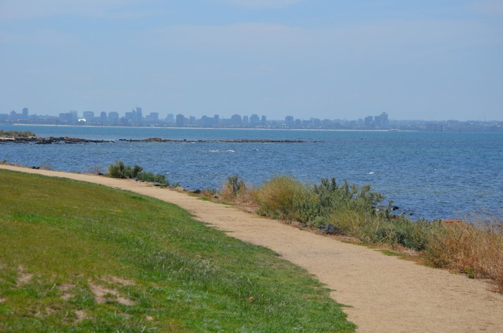 Path in Williamstown