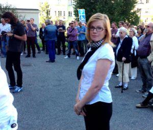 Anna Starbrink deltar i manifestation mot sjöktrafikupphandlingen.