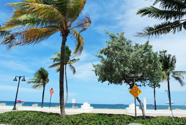 The Air Hostesses Guide to Miami - Part One