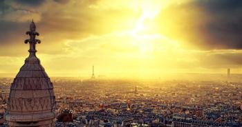 To Παρίσι από το υψηλότερο σημείο της πόλης, την Βασιλική της Ιερής Καρδιάς (Sacré-Coeur Basilica).