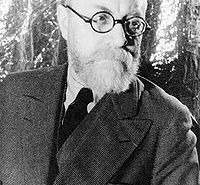200px-Portrait_of_Henri_Matisse_1933_May_20
