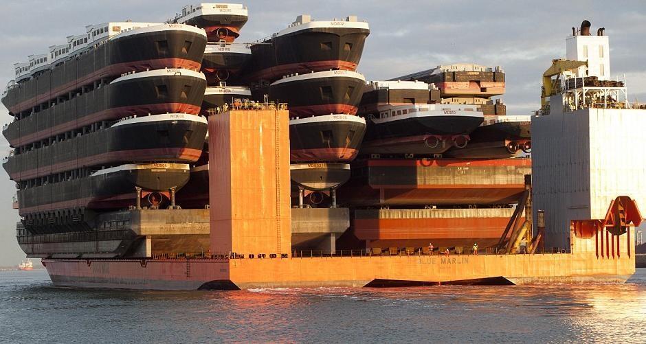 Πλοίο μεταφοράς πλοίων.