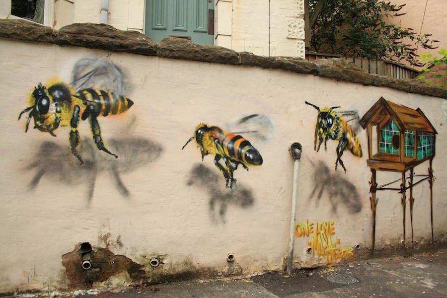 street-art-2013-bees