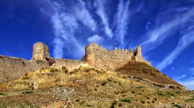 Αποψη του φρουρίου του Αργους. Σύμφωνα με μια εκδοχή, εδώ συνδέθηκαν συναισθηματικά η Μαντώ Μαυρογένους και ο Δημήτριος Υψηλάντης.