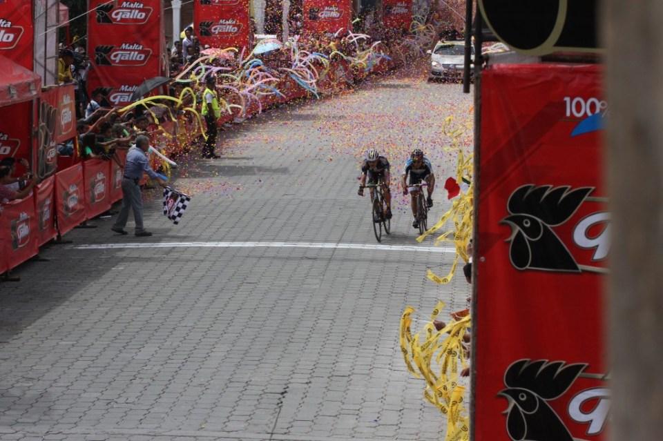 Vuelta Ciclista (18)