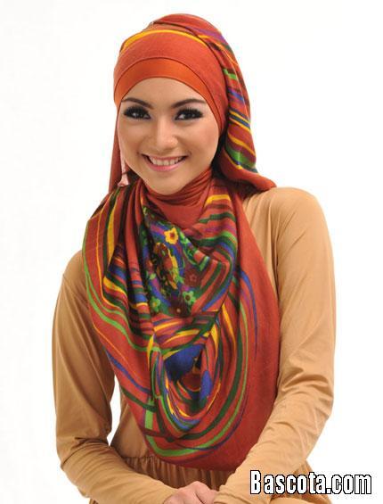 لفات حجاب عصرية Img_1378754660_716