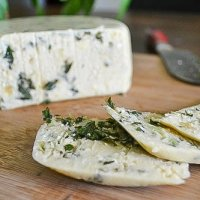 Smoky Pesto Cashew Cheez