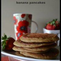 Vegan Mofo 12: Peanut Butter & Jelly Banana Pancakes. Gluten-, Sugar- and Oil-free.