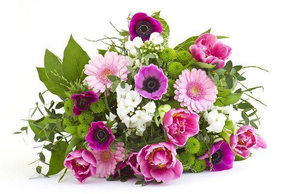 色やピンクの花束