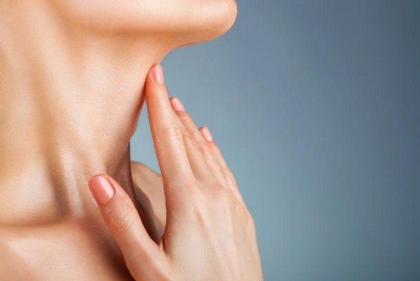 首ニキビと胃腸の関係