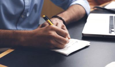 パソコン要約筆記者の試験合格を目指して。報酬はどれくらい?