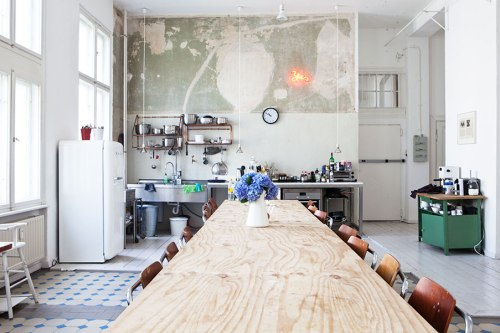 room of the week - small industrial apartment