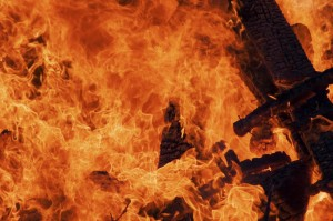 what to do in the event of an apartment fire
