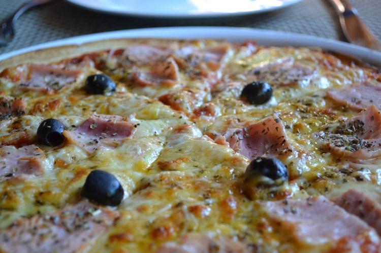 tahiti pizza