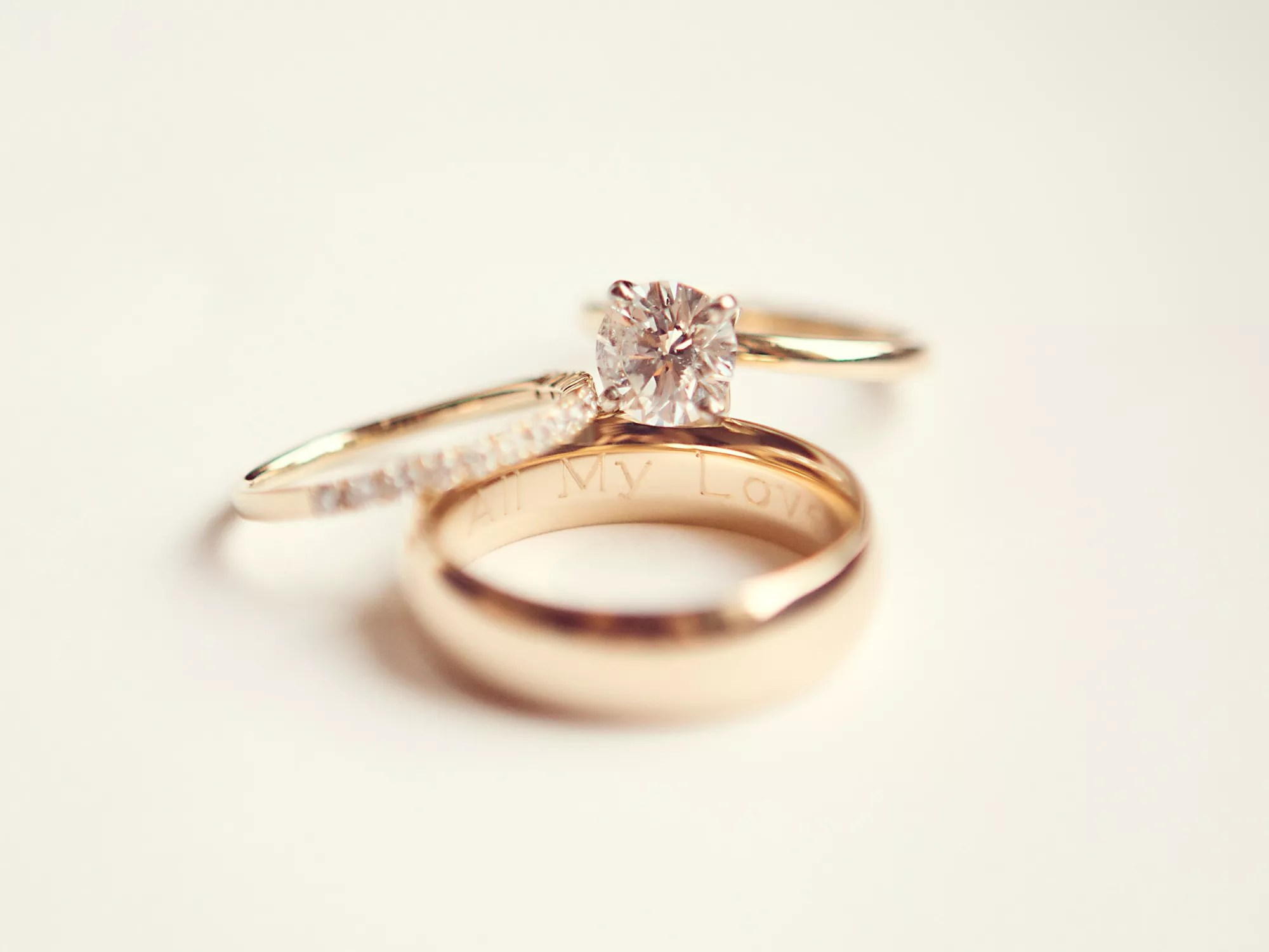 wedding rings engraving ideas tips wedding ring with band
